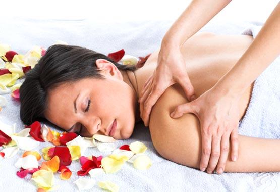 essence espa o da est tica massagem relaxante. Black Bedroom Furniture Sets. Home Design Ideas