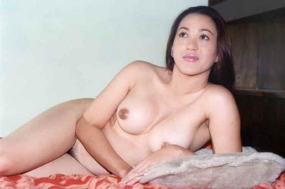 nude pinay