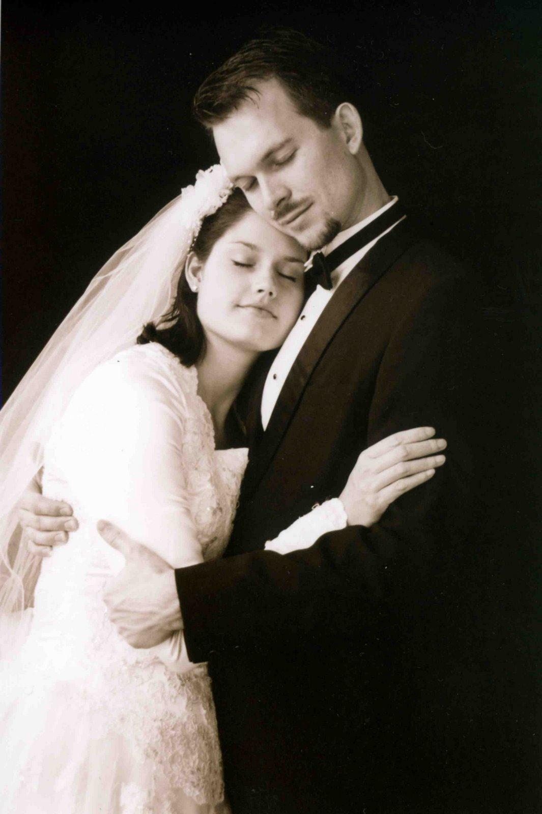 [weddingpictures002.jpg]
