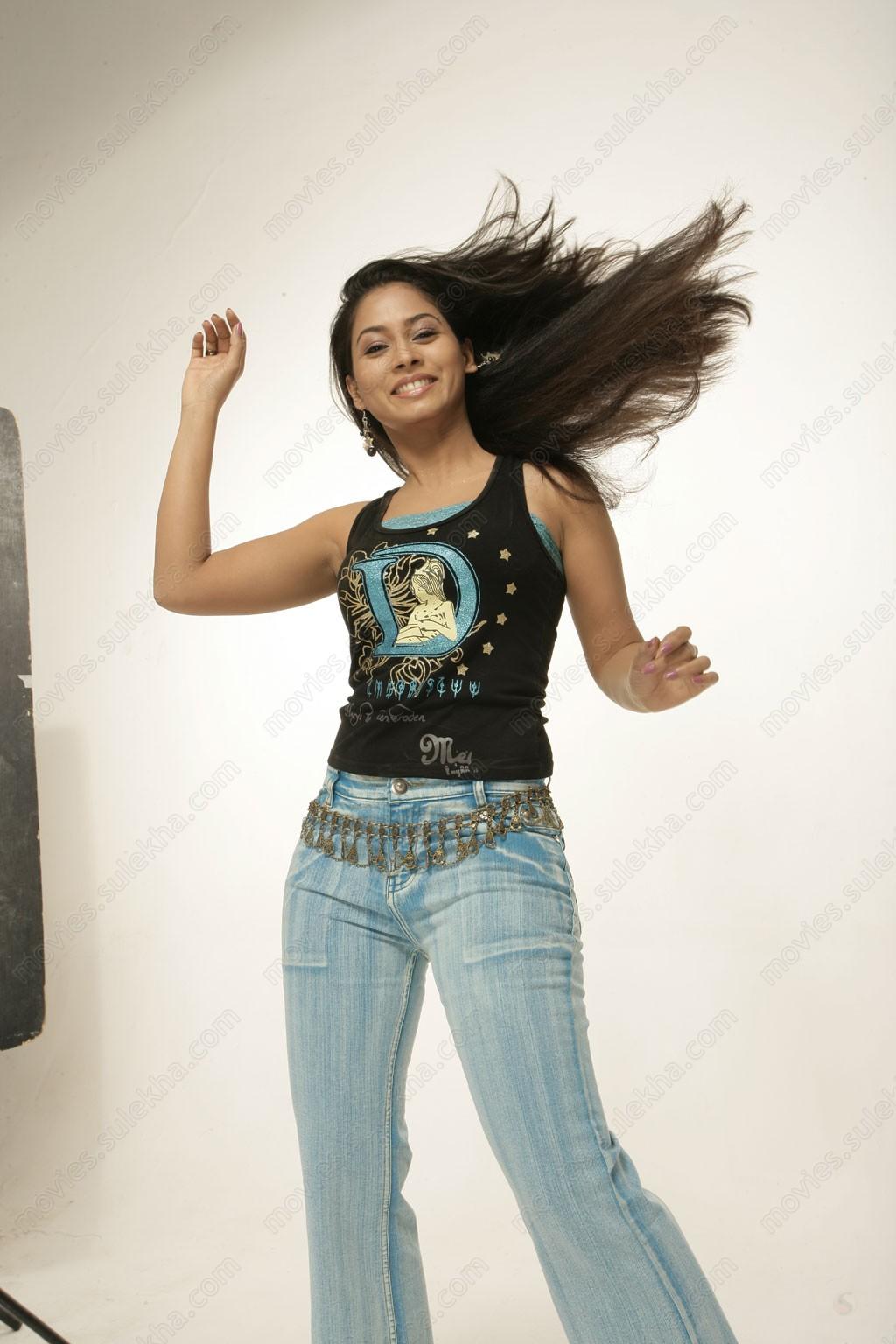 Sexy Look Actress Pooja Umashankar Hot Photos Pooja -4276