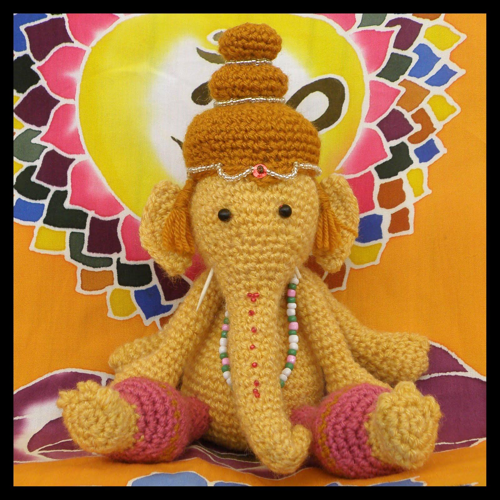 Patrón gratis amigurumi de elefantes colgantes - amigurumis y más | 1600x1600