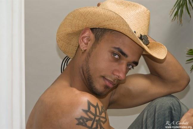 vip gay nudi incontri gay perugia e provincia