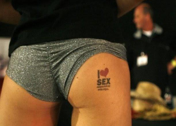 gay handjob sexpo sydney
