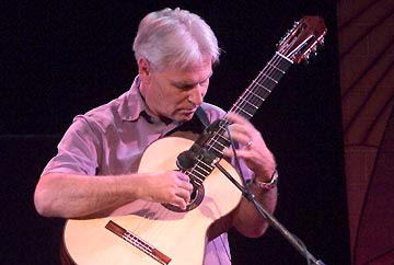 Kenny Hill, Signature guitar, stand up guitar, classical guitar, double top guitar, nomex, hill guitar company