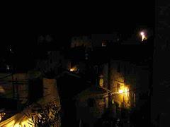 Raggiolo (e non Ortignano) di notte visto dal lato nord del Castello
