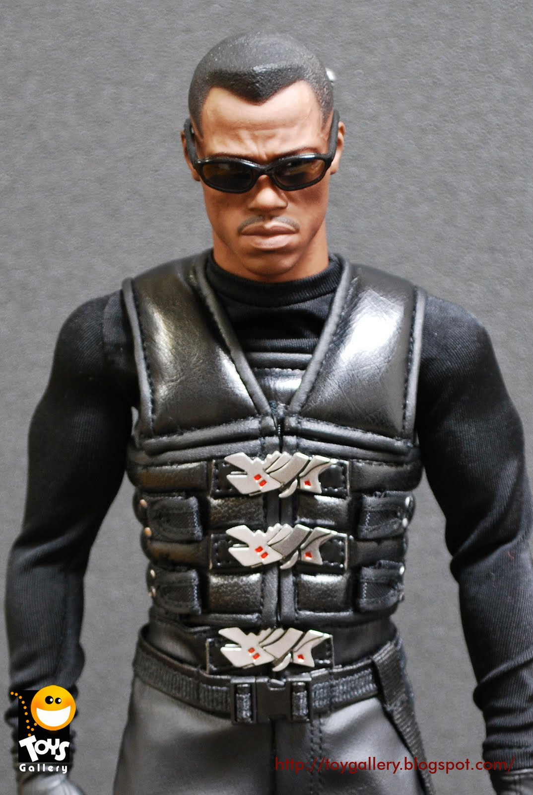 Toys Gallery Hot Toys 1 6 Scale Blade Ii Mms113