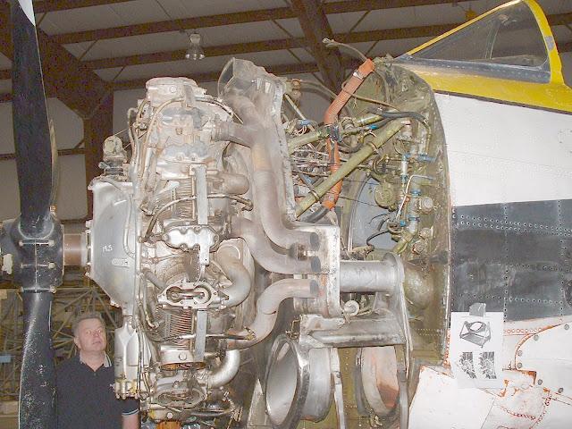 T-28 engine photo