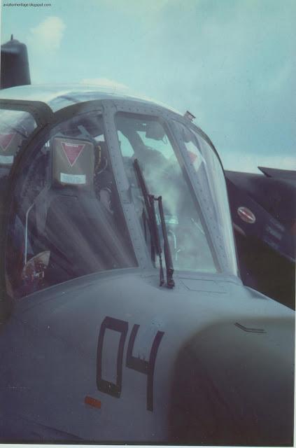 OV-10 Bronco cockpit photo