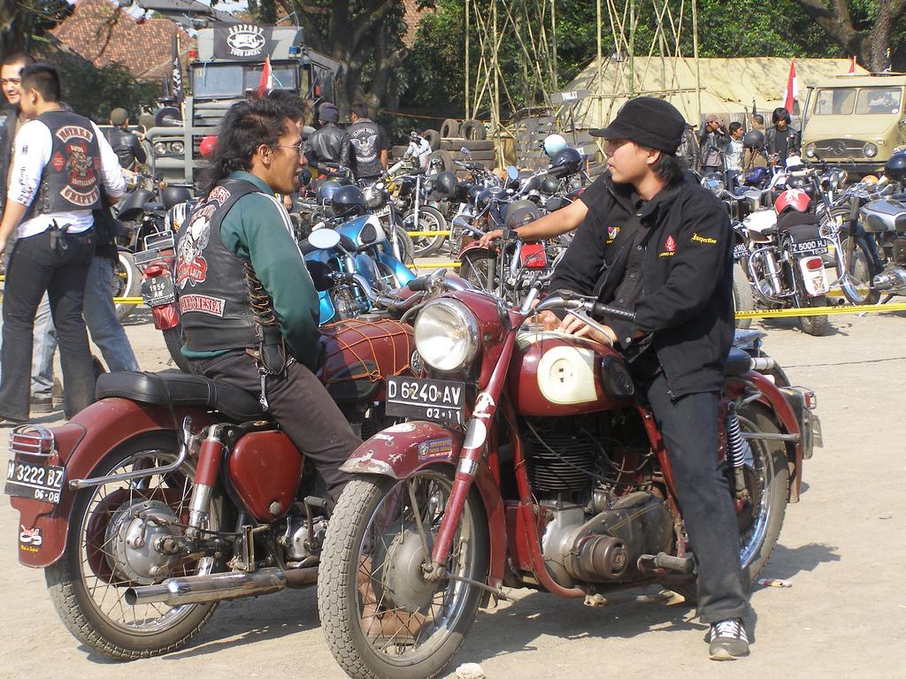 brotherhood bikers meet luton