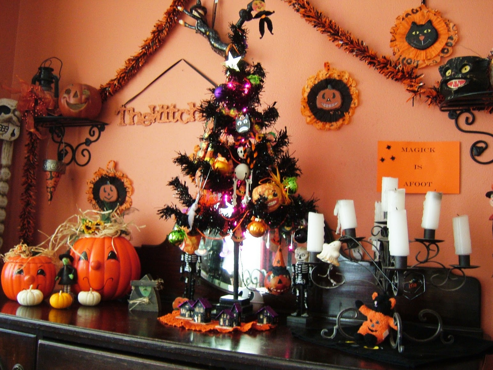 Olde Baggs 'n Stuft Shirts: Halloween Blog #3 .......the