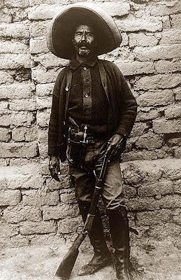 http://1.bp.blogspot.com/_473nrD5vEv8/SSliHZJMc7I/AAAAAAAAA5s/3zYY6GmG45U/s400/Mexican-Peon.jpg