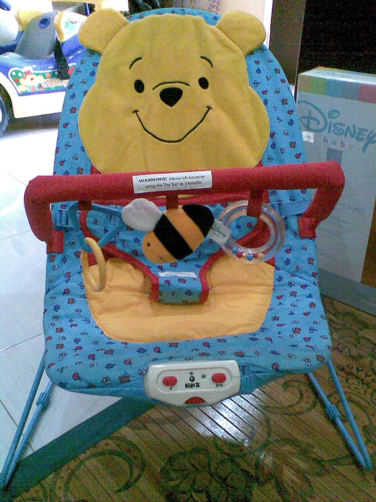 MyBundleToys DISNEY Baby Bouncer