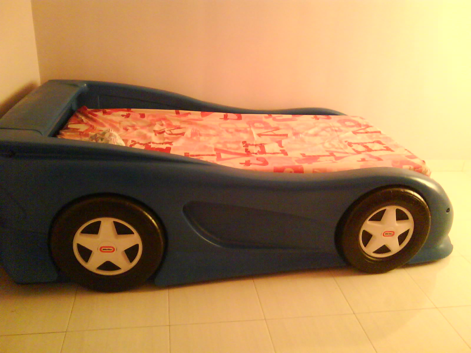 Little Tikes Blue Car Bed: 404 Not Found