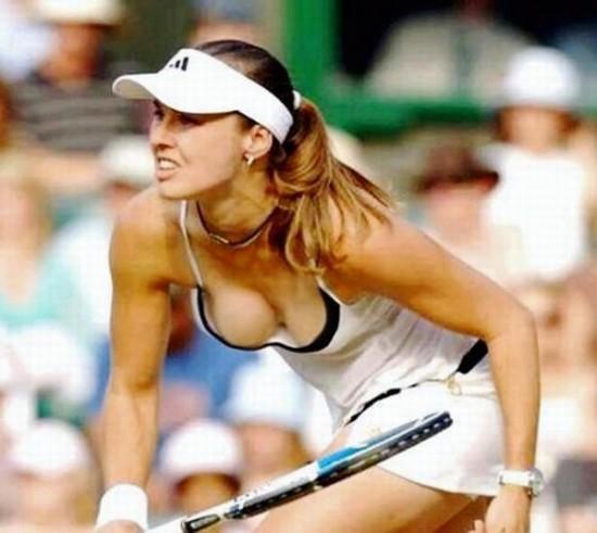 nip players slip tennis Women