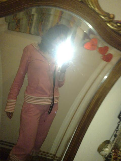 Pijama rosa, qué cuco!
