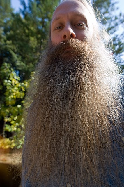 [World's+Largest+Beard+Men+3.jpg]