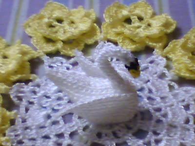 Kuğulu dantel örneği