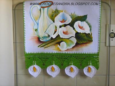 BARRADO+COPO+DE+LEITE Gala çiçeğinden havlu kenarı örneği