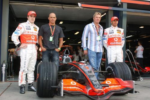 ¿Qué hacen Alonso y Slater juntos?