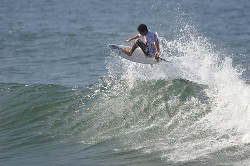Cara y cruz para nuestros surfistas en Sudafrica