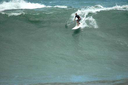laird hamilton en zarautz el 2 de mayo - surf roca puta