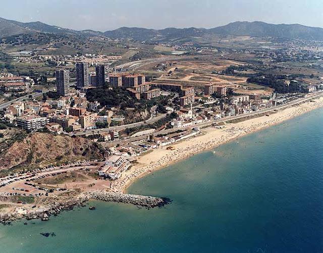 El macabro hallazgo de un surfista. Playa de Montgat Barcelona