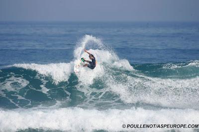 Aritz Aranburu - pro surf zarautz