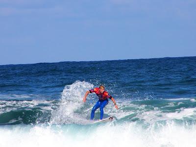 surf 30 - eliminatoria tercera ronda billabong pro mundaka 2007 - mick fanning vs hodei collazo