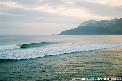 waves8468mundaka07tostee_l