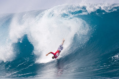 surf30_teahupoo_accidente08bruce_irons