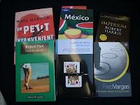 los libros esperando la llegada de las vacaciones veraniegas