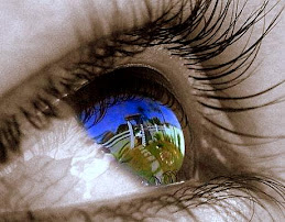 O que os olhos lêem, o coração sente. ;)