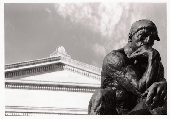 """O primeiro dever da inteligência é desconfiar dela mesma."" (A. Einstein)"