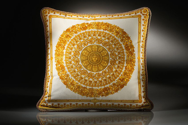 Cuscini Versace.Yves Saint Laurent Versace Home Collection Cuscino Cushion