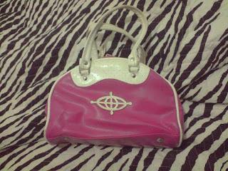 f3e59ce75 Bolsa Triton de mão, rosa e branca. Bem conservada.