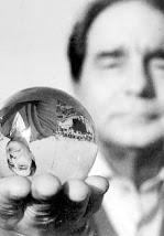 La esfera de cristal