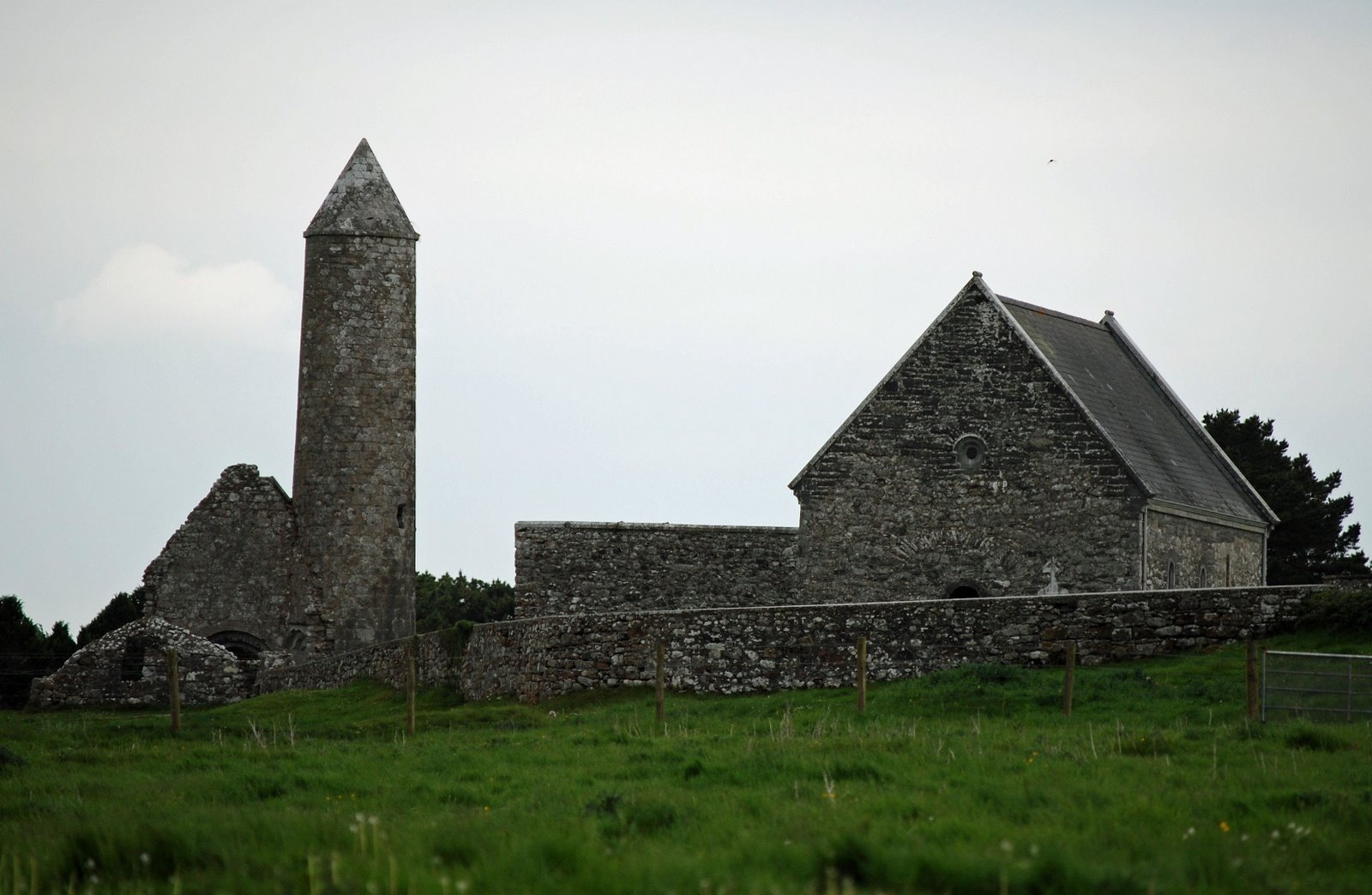 MacCarthy's Tower and Temple Connor at Clonmacnois