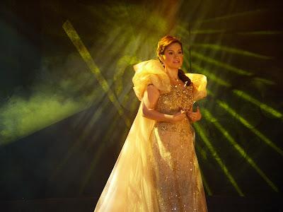 lea salonga miss saigon. I am a big fan of Lea Salonga