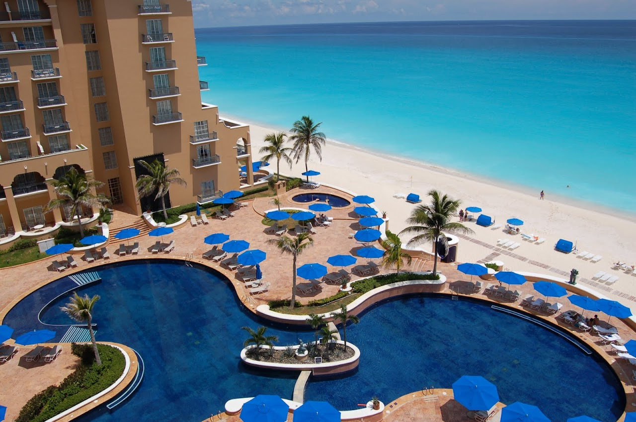 Memorial Day Travel Idea #7: Ritz-Carlton Cancun Endless Flavors Package