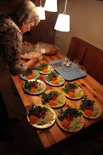 Salad_preparation