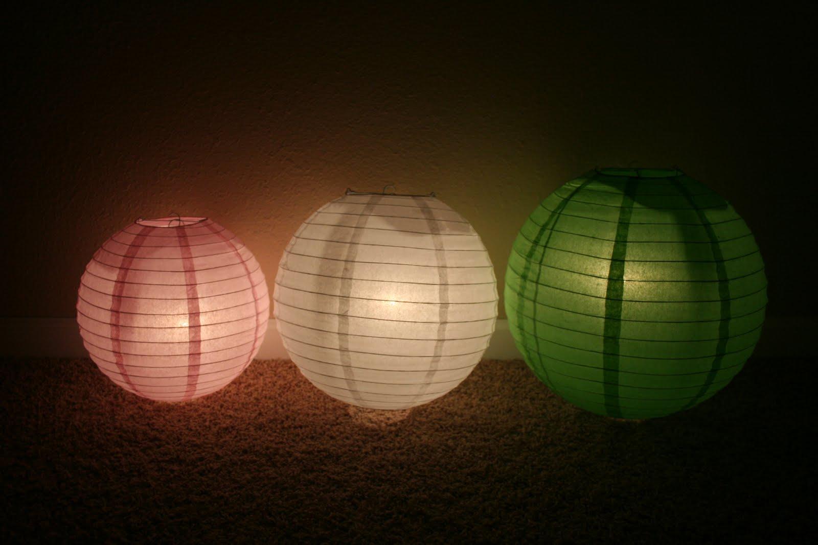 Chelsea Gets Married Paper Lanterns & Lights