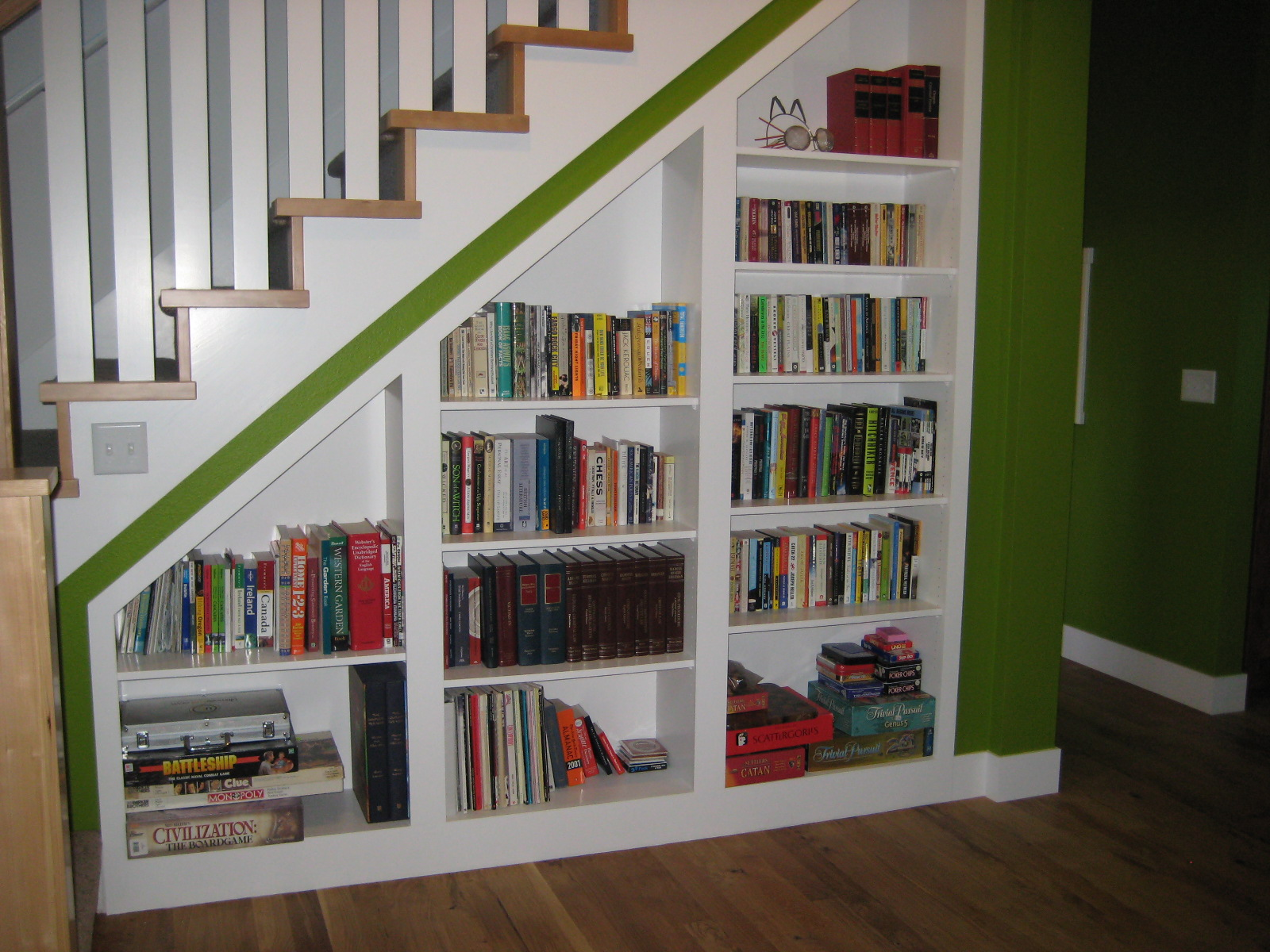Under Stairs Bookcase 16th And Nebraska With All The Furnishings