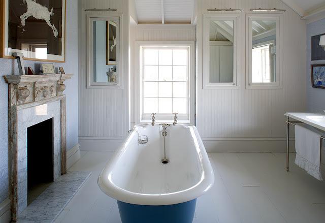 Farmhouse style gorgeously english hello lovely for English bathroom ideas
