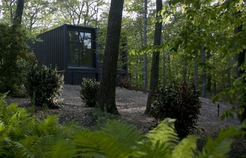 Small Shipping Container Home in New York