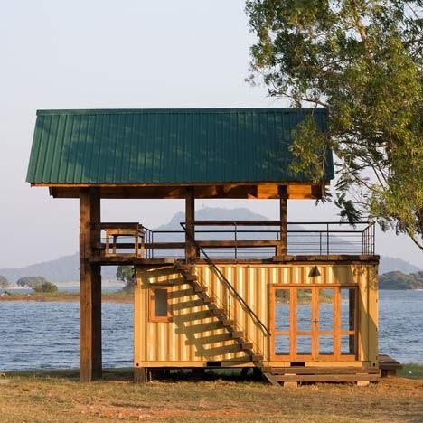 Tiny home waterfront in Sri Lanka