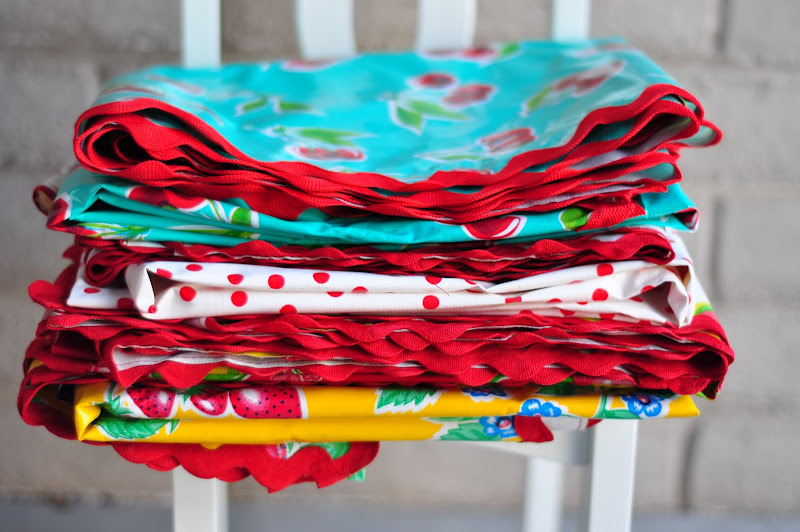 Sewing Oilcloth Tablecloths