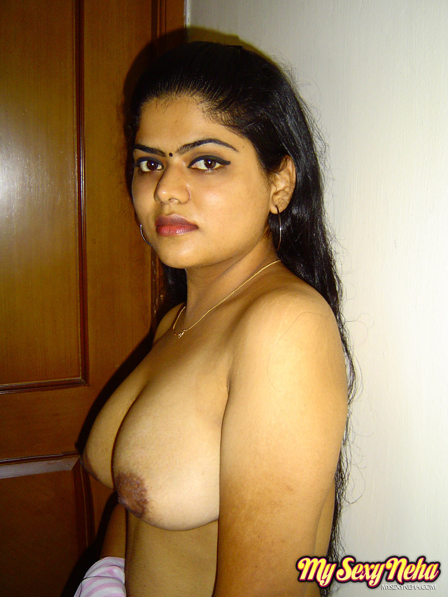 Neha Mahajan Naked Photo 4  Sexy Babes Wallpaper-4262