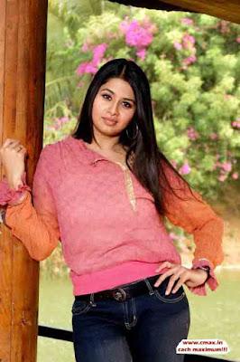 Super Hot Tamil Aunty Actress Sangeetha Spicy Hot Stills Scenes