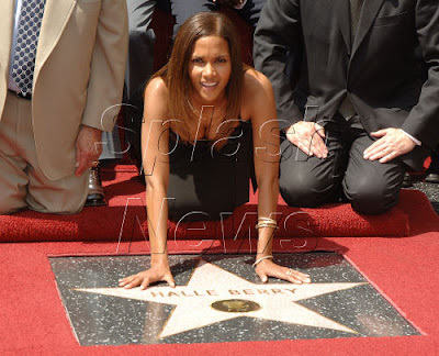 Halle berry geting licked