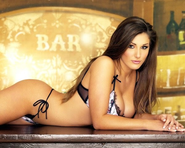 Bedroompics Tk Lucy Pinder Naughty Photo Collection
